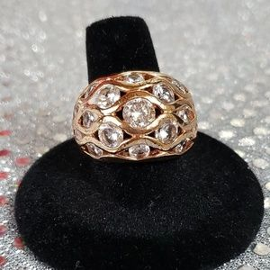Dome Rose Gold w/ White Round Crystals Size 9